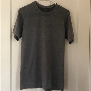 Lululemon Vent Tech Tee Gray Small